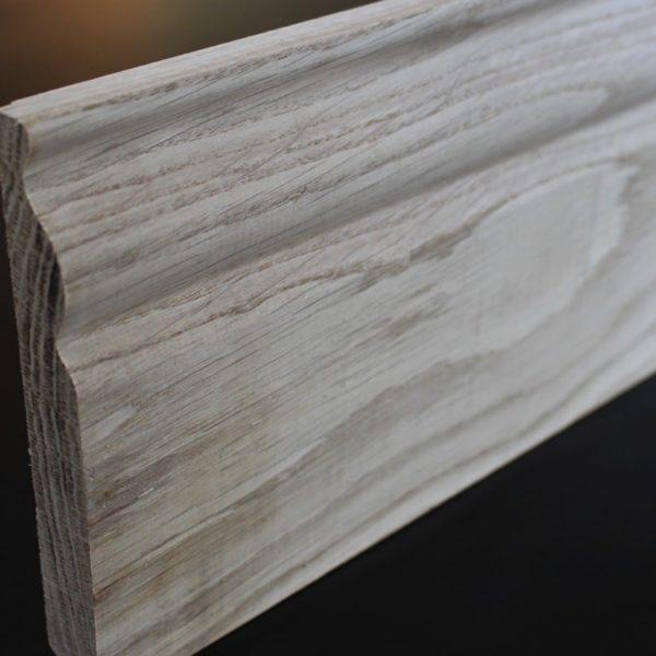 Plinthe moulurée chêne massif - 20 x 142 mm