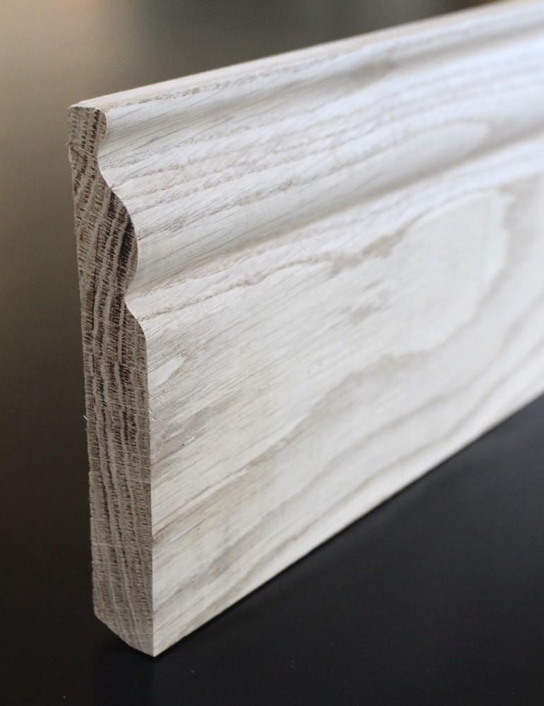 plinthe moulurée chene 20 x 142 mm