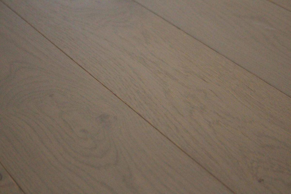 [Echantillon] Parquet contrecollé chene - Gris Perle - 13,5 x 150 mm